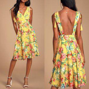 Lulu's Tropic Wonder Yellow Tropical Midi Dress S